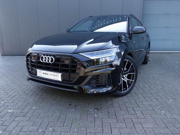 Audi Q8 55 TFSI quattro XQ-8888